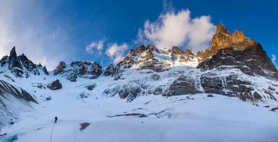 cerro, Peñon, castillo, national, reserve, coyhaique, chile, climber, glacier, traversing, panorama