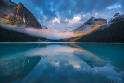 lake, louise, banff, national, park, alberta, canada, foggy, morning, iconic,