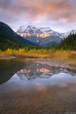 sunset, mount, robson, provincial, park, british, columbia, canada, highest, peak, rockies,
