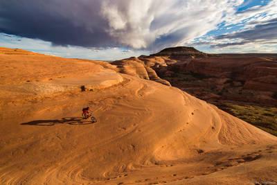 slickrock, moab, utah, usa, mountain, bartlett, wash, biker, riding,