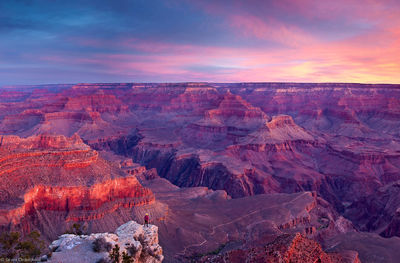 grand, canyon, sunrise, national, park, arizona, person, dwarfed, enormity