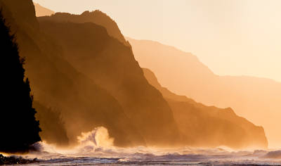ke'e, beach, wave, na pali, coast, kauai, hawaii, crashes, rugged, coastline, north, shore