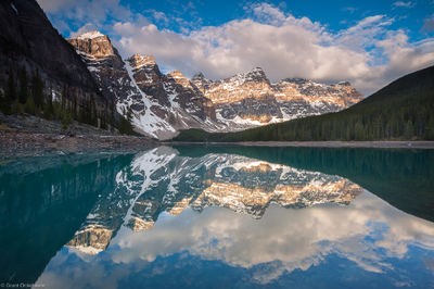 moraine lake, canada, alberta, double, light, band, valley of the ten peaks,  sunrise, amazing