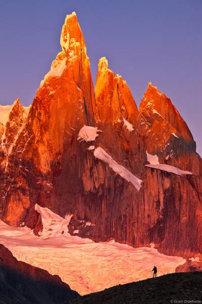 Cerro, torre, scale, El Chaltén, argentina, hiker, watches, sunrise, massive, peaks, egger, standhardt