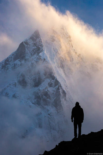 clearing, storm, cholatse, sagarmatha, national park, nepal, lone, figure, stands, everest, region