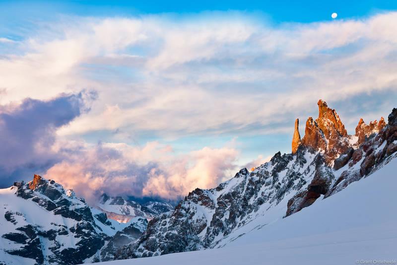 Cerro Peñon, spires, sunset, glacier, cerro, castillo, national, reserve, chile