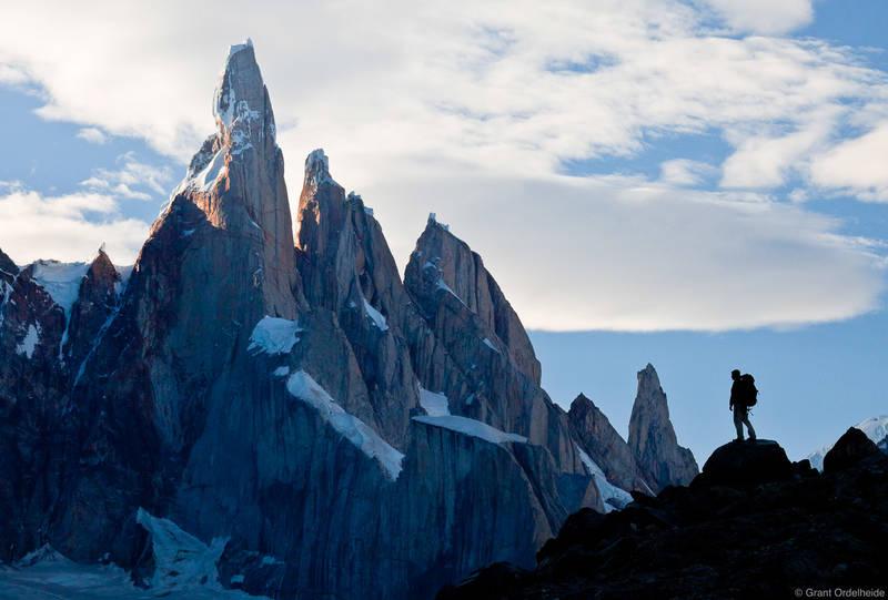 cerro, torre, El Chaltén, hiker, argentina, enormous