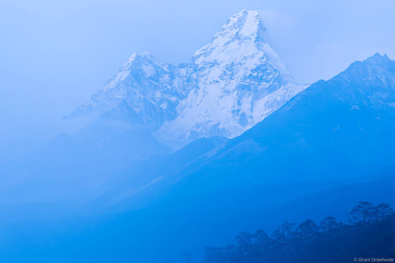 ama dablam, rises, fog, village, tengboche, everest, region, nepal, sagarmatha, national, park,