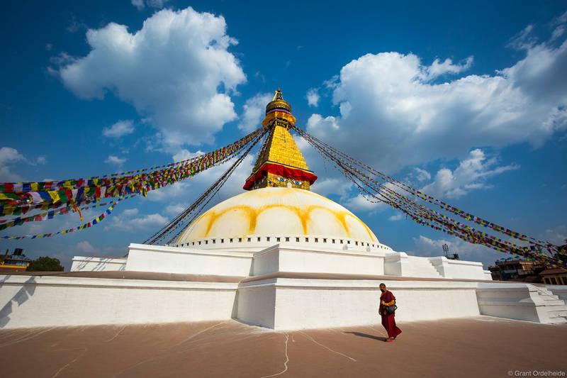 bodhnath, stupa, katmandu, nepal, bhuddist, monk, walks