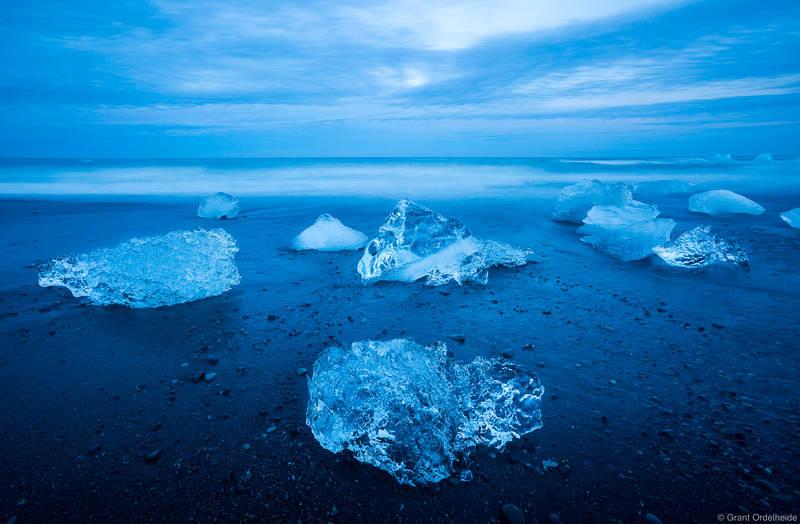 Jökulsárlón, ice, beach, lagoon, south, iceland, icebergs, dusk, washed, up, black, sand,