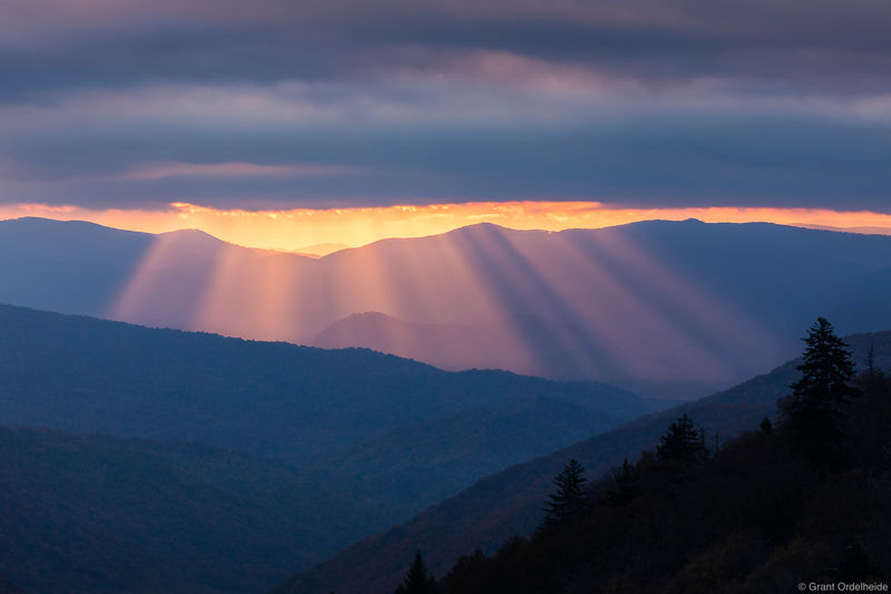 great, smoky, godbeams, mountains, national park, Tennessee, sunrise, beams, border, north carolina,