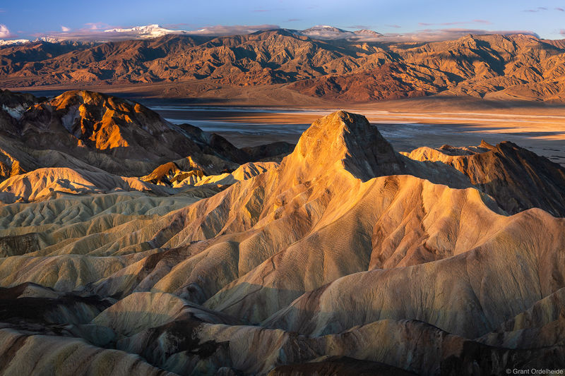 zabriskie, sunrise, death valley, national park, california, manly beacon, badlands,