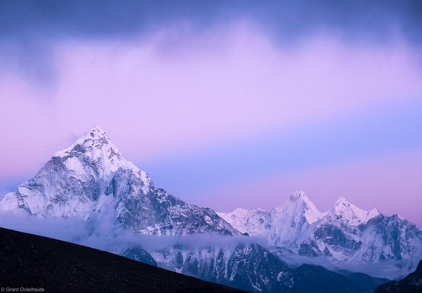 ama dablam, sagarmatha, national, park, nepal, pastel, colors, rays, light, everest, himalaya, photo