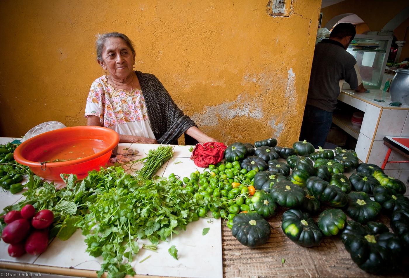 woman, vegetables, izamal, yucatan, mexico, town market, chops, photo