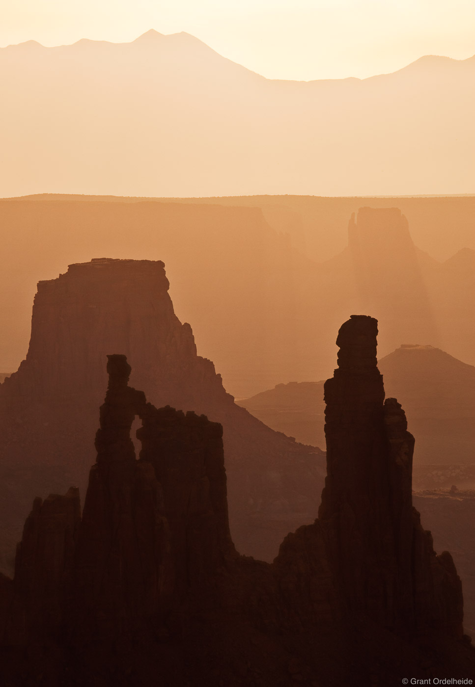canyonlands, morning, washer, woman, arch, monster, tower, airport, national park, utah, hazy, photo