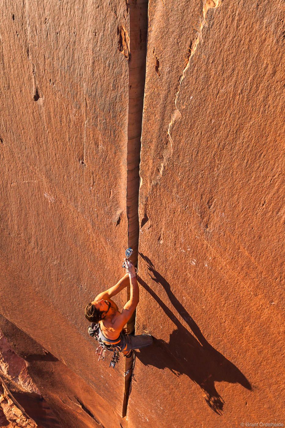 supercrack, climbing, famous, 5.10, indian, creek, utah, adventure, cam, placing, photo