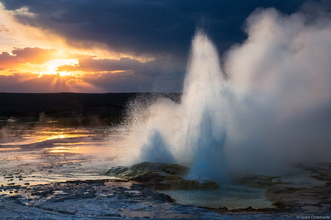 clepsydra, sunset, geyser, yellowstone, national, park, wyoming, usa, , photo