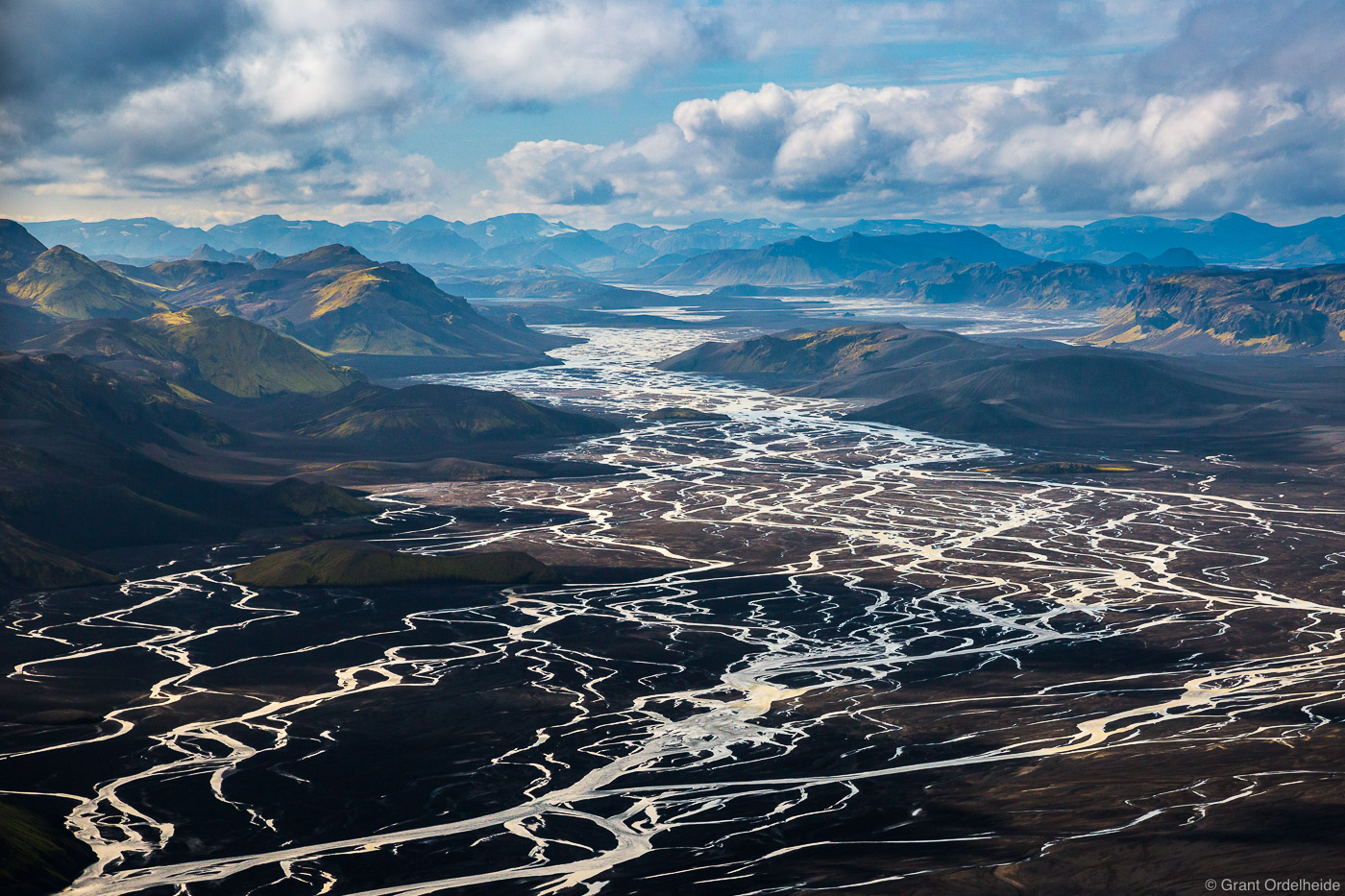 An aerial image of a large sprawling river delta in Iceland