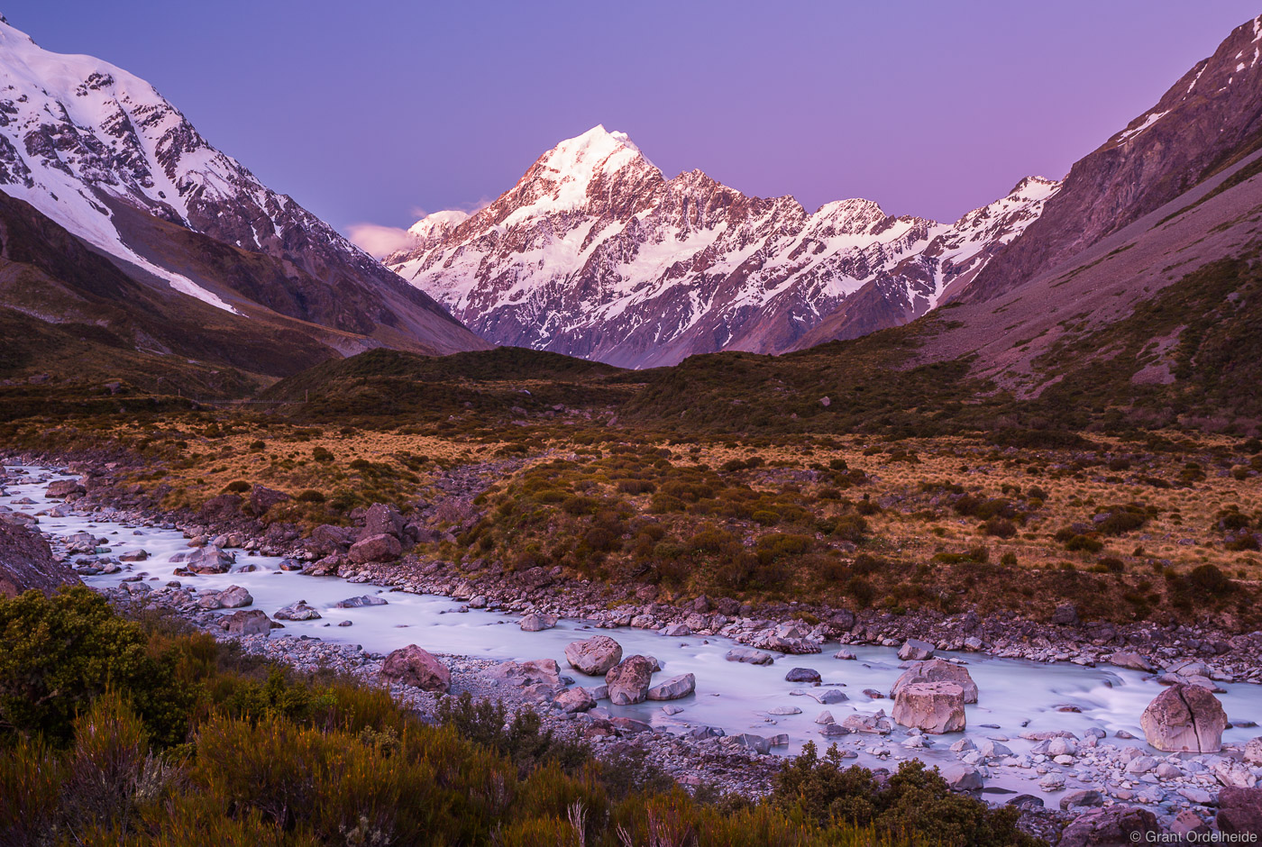 hooker, valley, dusk, aoraki, mount, cook, national, park, new, zealand, highest, point, track,, photo
