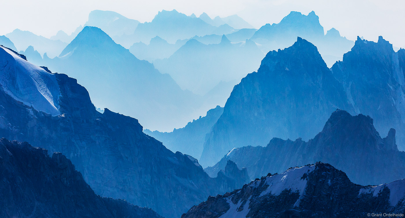 alaska, layers, denali, national, park, smoke, wildfires, valleys, peaks,, photo