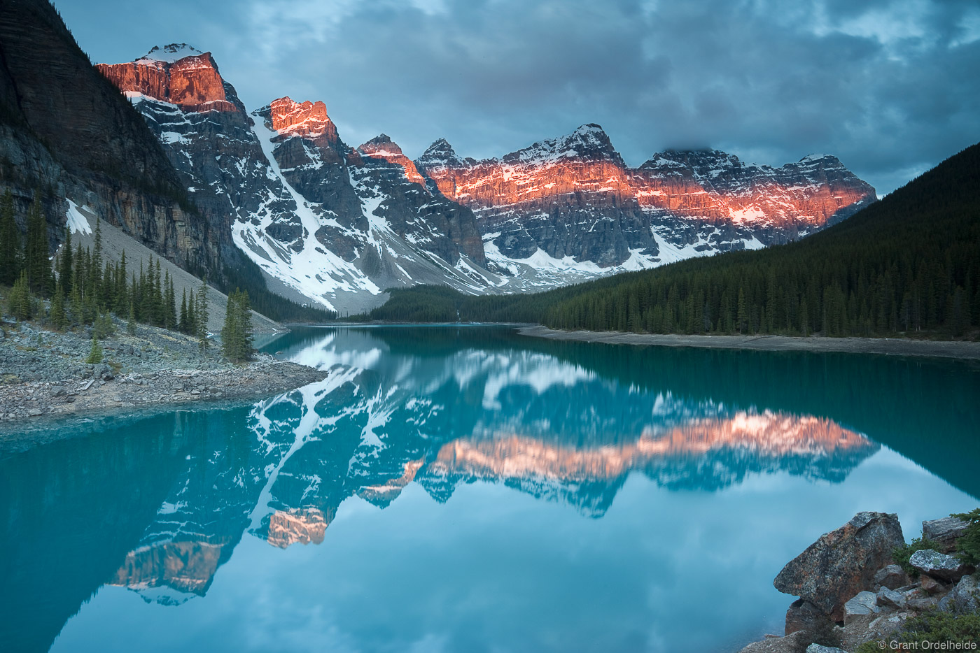 moraine, lake, sunrise, alberta, banff, national park, iconic, canadian, rockies,, photo
