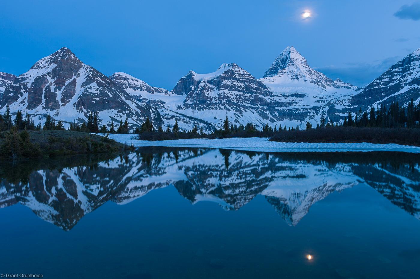 assiniboine, moon, canada, tarn, reflection, british columbia, photo