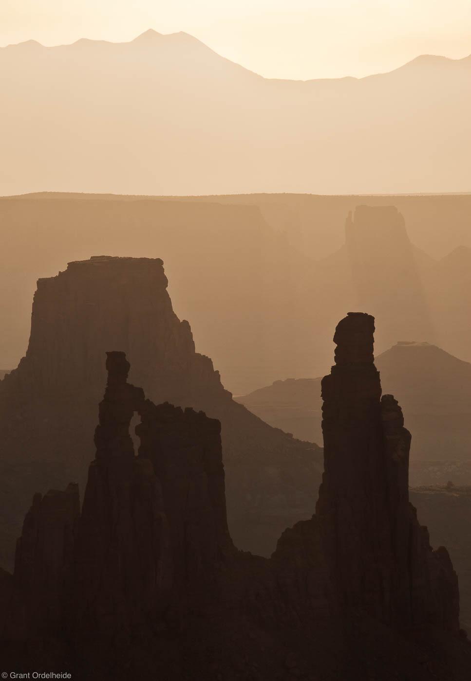 canyonlands, morning, island in the sky, national park, utah, hazy, photo