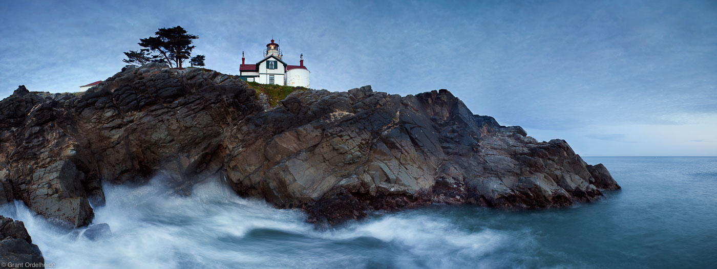 lighthouse, crescent city, california, ships, port, cliff, guide, photo